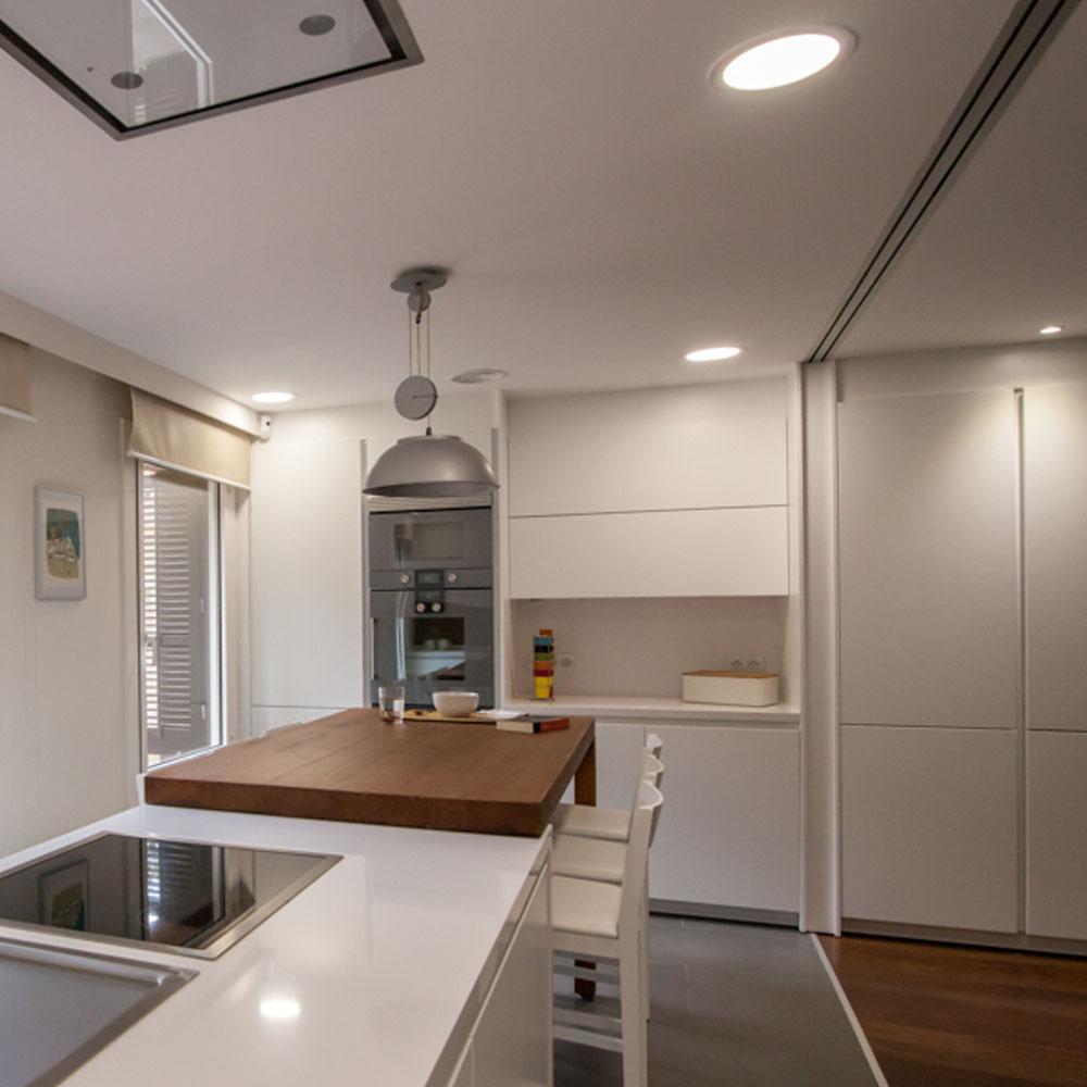 Luz adecuada para cocinas y baños